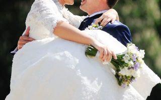Можно ли вернуть девичью фамилию находясь в браке