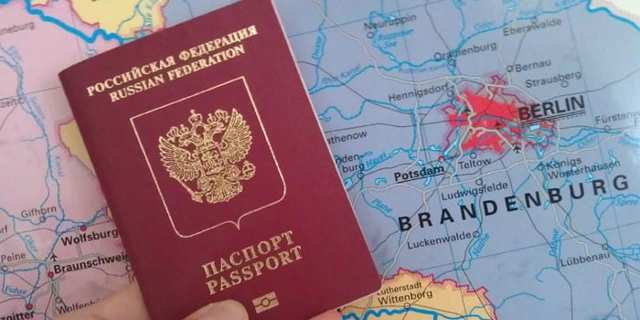 Как получить загранпаспорт на ребенка до 14 лет