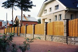 Что считается придомовой территорией и как нужно за ней ухаживать