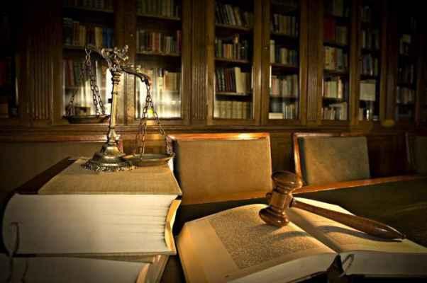 Как оформляется наследство у нотариуса через 6 месяцев после смерти