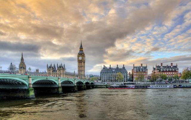 Порядок получения гражданства Великобритании (Англии)