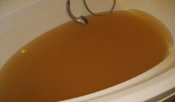 Что делать если из крана течет грязная или ржавая вода