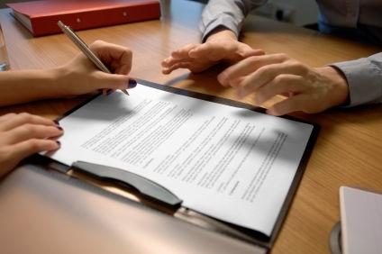Как правильно оформить дом в собственность: необходимые документы и правила
