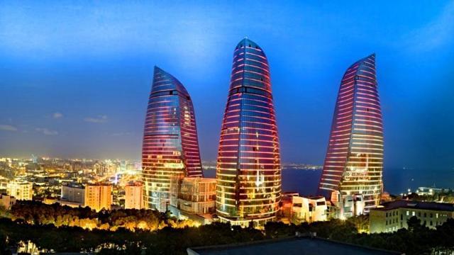 Виза в Азербайджан россиянам не нужна, а правила въезда достаточно просты