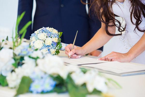 Какие нужны документы для получения РВП по браку