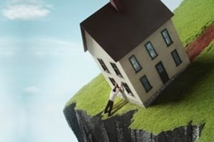 Как правильно застраховать дом или дачу и сколько это стоит