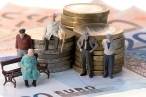 Как пенсионеры платят алименты на детей с пенсии