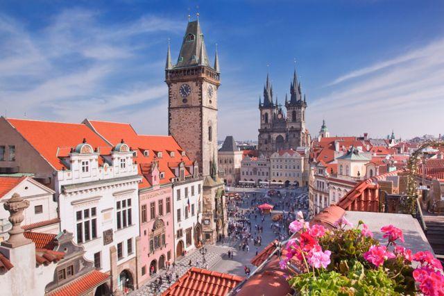 Как уехать работать в Чехию: вакансии и оформление рабочей визы