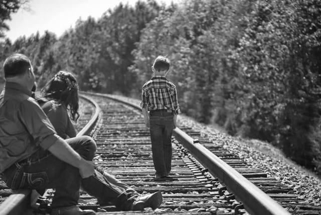 Как добровольно отказаться от родительских прав