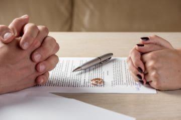 Как делятся долги после развода по закону