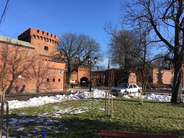 Стоит ли переезжать в Калининград на ПМЖ и как это сделать