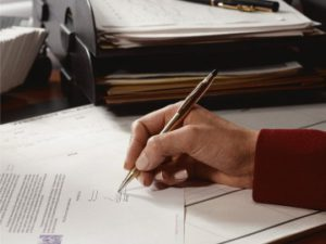 Как вступить в наследство по завещанию: какие документы нужны для оформления