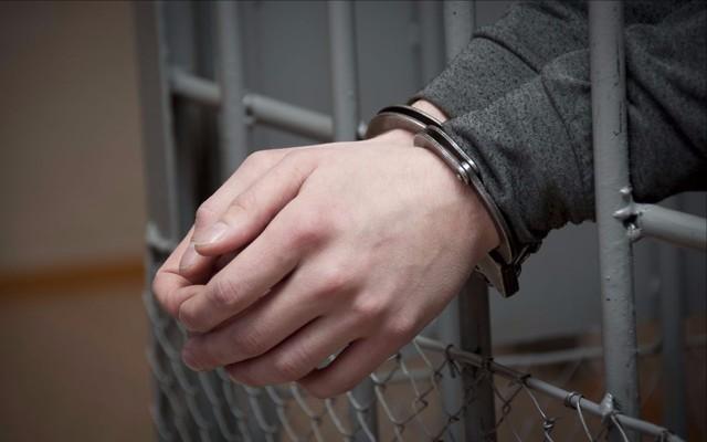 Как платятся алименты на ребенка если отец сидит в тюрьме
