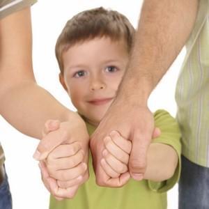 Что такое тайна усыновления ребенка и как обеспечивается её неразглашение